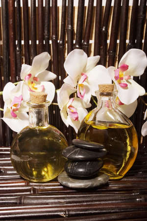insent: Essential body  oils in bottles for bodycare