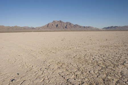 네바다 사막의 마른 호수 침대