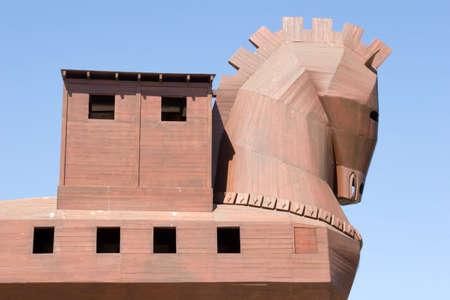trojan horse: Famoso cavallo di Troia nella antica citt� di Troia