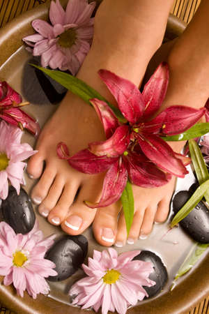 feet washing: Footcare and pampering at the spa