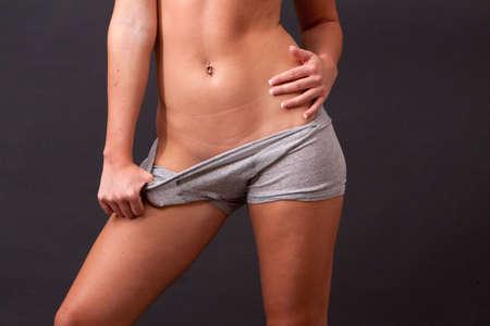 shorts: Joven vistiendo b�xer