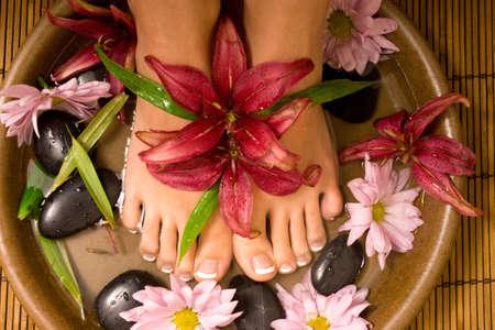 massage pied: Footcare et bien-�tre � la spa.