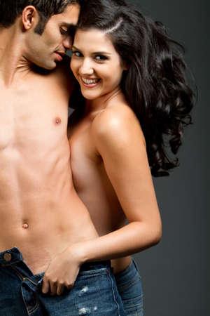 Sexy junge Paar mit einen romantischen moment  Standard-Bild