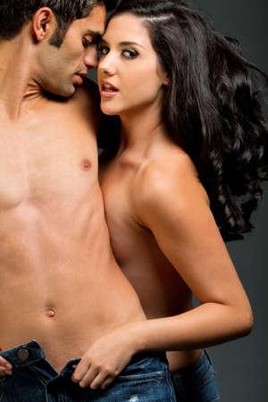 Sexy junge ethnischen paar verliebt