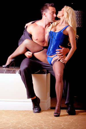 Sexy Paar, Frau in Dessous  Standard-Bild