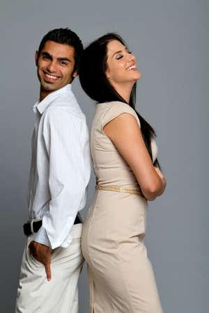 fashionable couple: Feliz pareja �tnica re�r juntos