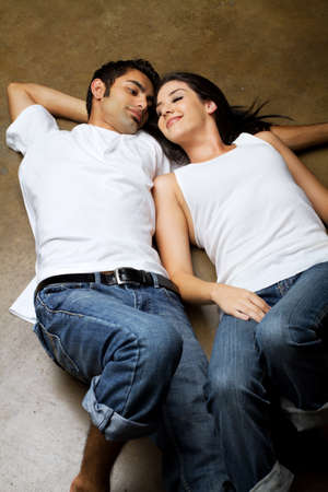 Sexy young ethnic couple in love Banque d'images