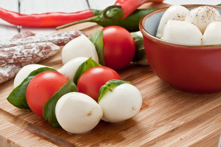 mozzarella skewers with tomato and basil