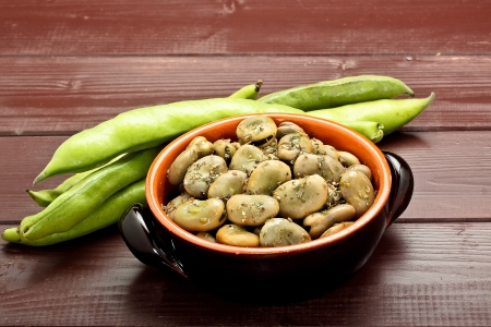 broad beans with olive oil and oregano
