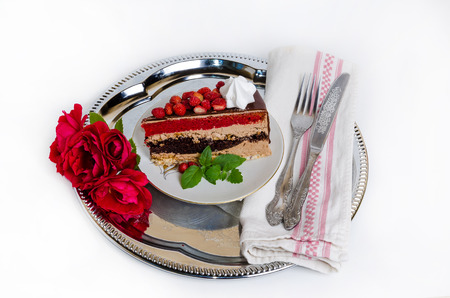 Fantastic layered cake with roses