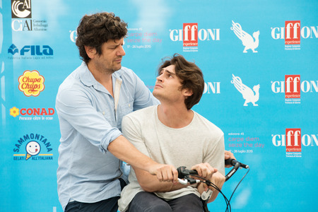 duro: GIFFONI VALLE PIANA (SA) - JULY 18: Actors Fabio De Luigi and Angelo Duro poses at photocall during the 45th Giffoni Film Festival at Cittadella del Cinema, July 18, 2015 in Salerno, Italy.