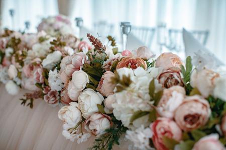 Closeup Schuss der Hochzeit Dekoration Elemente bei Tageslicht