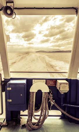 ノルウェー フェリーの甲板上ロープ 写真素材