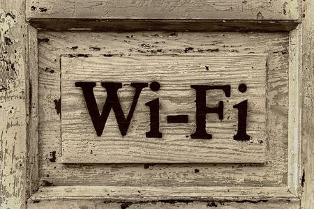 Wi-Fi の木製看板 写真素材