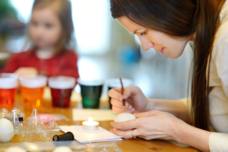 creative egg painting: Coloring Easter eggs at home