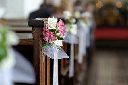 Beautiful flower wedding decoration in a church Banco de Imagens - 40754561