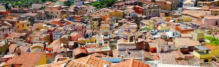 case colorate: Case colorate di città Bosa in Sardegna