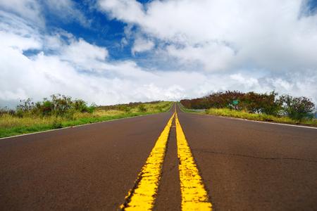 kauai: Serpentine road winding through the mountains on Kauai, Hawaii