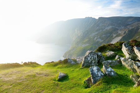 Slieve League, Irelands highest sea cliffs, located in south west Donegal along this magnificent costal driving route. One of the most popular stops at Wild Atlantic Way route, Co Donegal, Ireland. Imagens