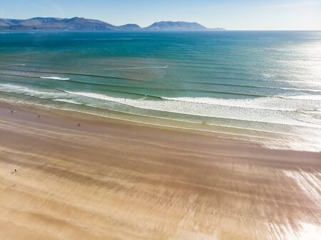 Inch beach, wonderful 5km long stretch of glorious sand and dunes, popular for surfing, swimming and fishing, located on the Dingle Peninsula, County Kerry, Ireland. Banco de Imagens