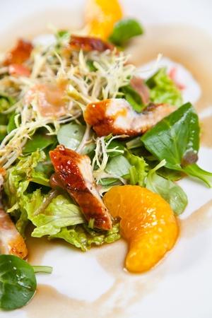 chicken salad: Chicken salad with mandarine and orange