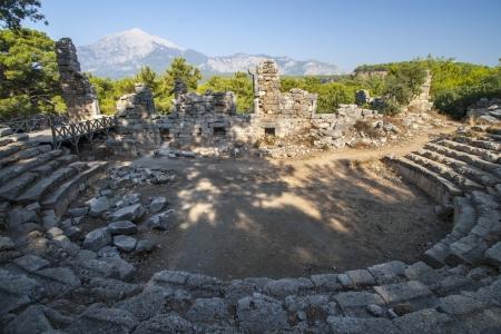 amphitheater:  Ancient amphitheater in Turkey