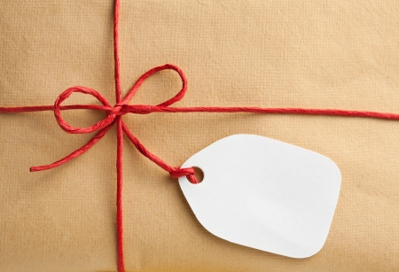 gift tag: Gift box with blank gift tag