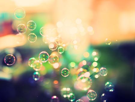 bulles de savon: Les bulles de savon, abstrait, rétro teintées Banque d'images