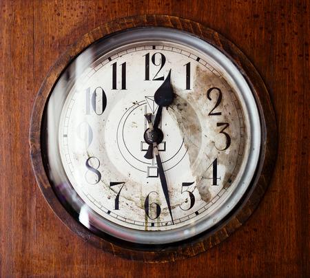 grandfather clock: Antique grandfather clock, close up photo