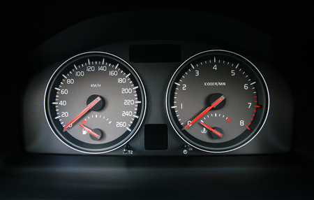 kilometer: Speedometer in the car