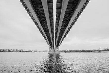Black and white image of bridge over Don river