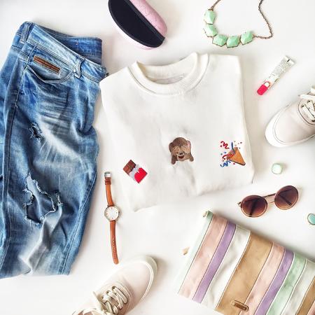 흰색 배경, 상위 뷰 여성 패션 물건 스톡 콘텐츠