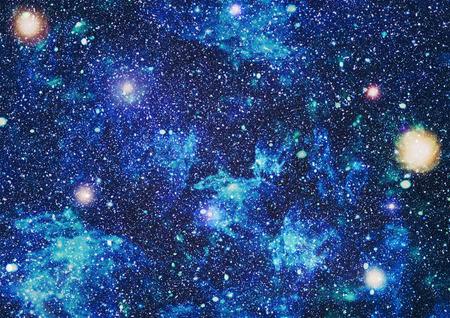 fondo hermoso espacio con polvo de estrellas y estrellas. El espacio profundo el momento, los colores brillantes cósmicos. vía láctea conceptual de fondo. Constelaciones y fondo polvo de estrellas.