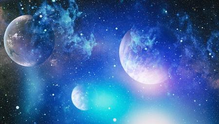 Stelle di un pianeta e di una galassia in uno spazio libero. Archivio Fotografico - 88411263