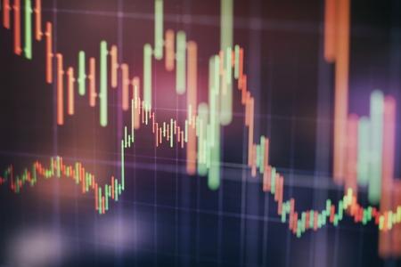 Biznesplan na spotkaniu i przeanalizuj dane finansowe, aby zobaczyć wyniki firmy.