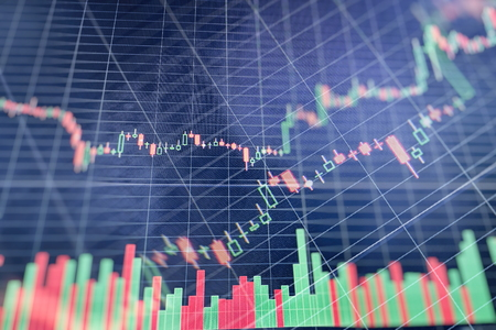 Grafik mit Diagrammen an der Börse, für Geschäfts- und Finanzkonzepte und Berichte. Abstrakter blauer Hintergrund.