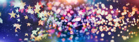 Christmas decor with bright bokeh lights. Magic Winter at Christmas Time. Banque d'images