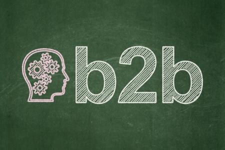b2b: Concepto de las finanzas: principal con los engranajes icono y B2b texto sobre fondo verde de la pizarra, 3d