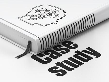 Education-Konzept: geschlossen Buch mit Schwarz Kopf mit Gängen Symbol und Text Case Study auf dem Boden, weißer Hintergrund, 3d render Lizenzfreie Bilder