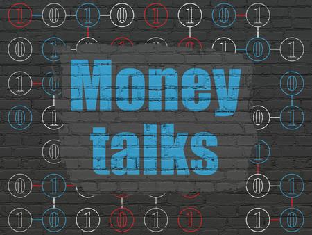 conversaciones: Concepto de negocio: Pintado de texto azul dinero habla sobre Negro ladrillo la pared de fondo con el esquema del código binario Foto de archivo