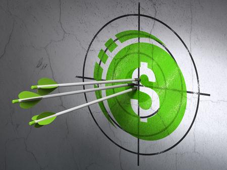 dollaro: Denaro concetto di successo: le frecce che colpisce il centro del bersaglio verde Dollar Coin sulla parete di fondo
