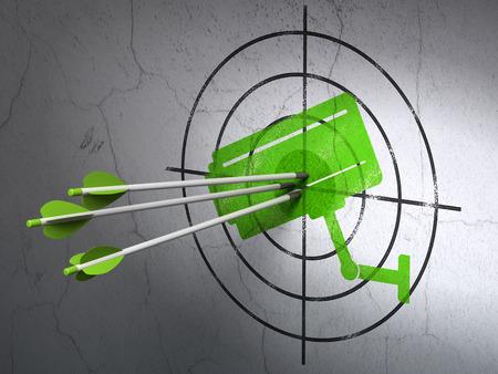 sistema: Concepto de seguridad de �xito: flechas golpear el centro de destino verde Cctv c�mara sobre fondo de pared