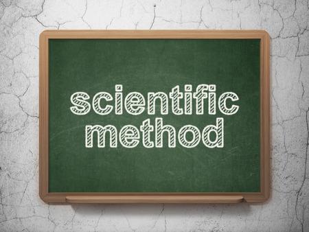 metodo cientifico: Concepto de la ciencia: Método Científico de texto en la pizarra verde en la pared de fondo del grunge Foto de archivo