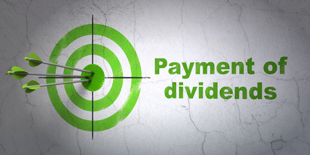 dividends: Success banking concept: arrows hitting the center of target, Green Payment Of Dividends on wall background, 3D rendering Stock Photo