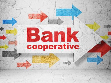 cooperativismo: concepto de moneda: flechas con el Banco Cooperativo en grunge textura de fondo de muro de hormigón, 3D