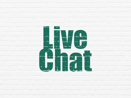 Web development concept: Painted green text Live Chat on White Brick wall background Stockfoto