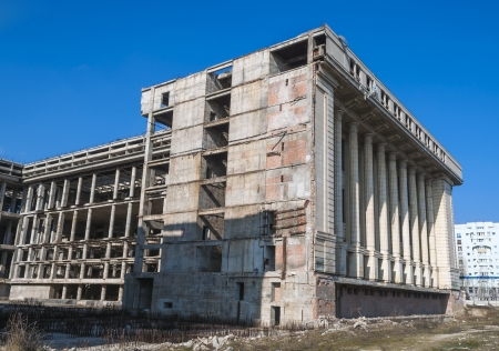 bucuresti: Abandonated Building for more than 25 years - Bucharest, Romania