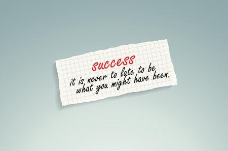 llegar tarde: El éxito nunca es demasiado tarde para ser lo que podría haber sido. Mano de texto escrito en un pedazo de papel de las matemáticas en un fondo azul.