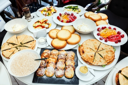 satisfying: Satisfying breakfast at the round table before presentation for clients