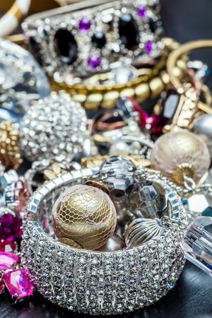 armlet: Many fashionable womens jewelry. Brilliant bangles